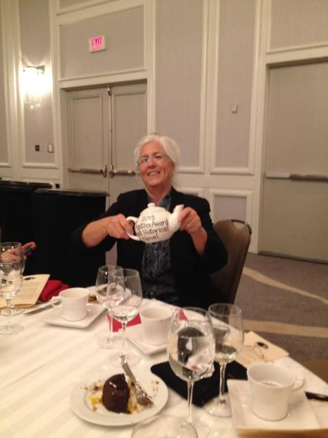 Laurie R. King with her Agatha teapot