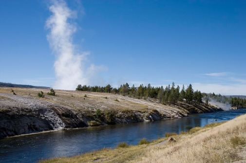 yellowstone-national-park-996350_960_720